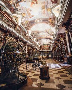 Baroque Architecture, Sacred Architecture, Architecture Portfolio, Futuristic Architecture, Beautiful Architecture, Chinese Architecture, Architecture Design, Fairytale Garden, Fairytale Room