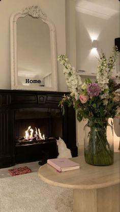 Dream Home Design, Home Interior Design, House Design, Dream Apartment, Aesthetic Room Decor, Dream Rooms, My New Room, House Rooms, Room Inspiration