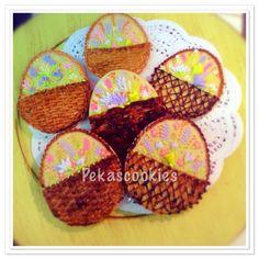 #pekascookies #pekascookiesgalletasdecoradas #cookies #royalicing #royalicingcookie #sugarart #decoratedcookies #sugarcookies #cookies #customcookies #edibleart #icingcookies #royalicingart #galletas #galletasdecoradas #eastercookies #spring #bunny #handpainted #icingroses