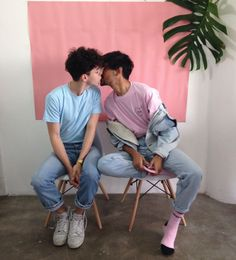Read boyxboy🌈 from the story 𝒍𝒈𝒃𝒕 𝒊𝒄𝒐𝒏/ by dalinbebek (🏹) with reads. Gay Tumblr, Gay Lindo, Gay Aesthetic, Aesthetic Experience, Poses References, Cute Gay Couples, Boys Like, Couple Goals, Gemini
