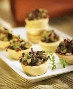 Tartaletas con champiñón, ajos tiernos y jamón serrano – Delicooks | Good Food Good Life