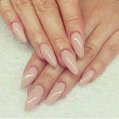 Nude / Beige Round Oval Tip Acrylic Nails: