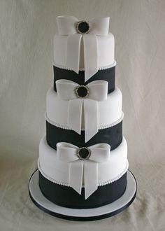 Three tier black and white wedding cake covered with white and black fondant Black White Cakes, Black And White Wedding Cake, Black Wedding Cakes, Beautiful Wedding Cakes, Gorgeous Cakes, Pretty Cakes, Cute Cakes, Amazing Cakes, Tuxedo Wedding