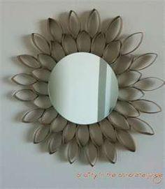 Crafty in the Concrete Jungle: DIY Starburst Flower Mirror