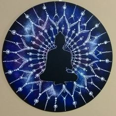 Mandala Buda meditativo. Tamanho 35x35 (vendida). #mandalabuda #yantramandalas #mandalas #mandalaart #dotilism #mandalaartesanal…