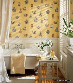 Окно в интерьере ванной комнаты