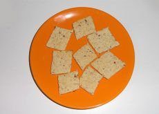 Biscuiti cu mere si ovaz pentru copii - Clubul Bebelusilor Thing 1, Feta, Dairy, Cheese