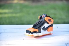 superior quality cbc76 b311d Kicksmini Handcrafted SneakerLEGO Jordan 1 Shattered Backboard, Displaying  Collections, Lego Sets, Air Max
