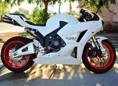 Honda cbr 600 RR see custom sport bikes like this at sickshooter.com