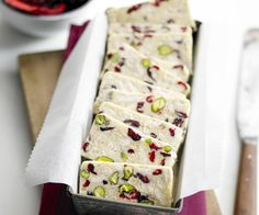 White chocolate, cranberry and pistachio hedgehog slice, chocolate recipe, brought to you by Australian Women's Weekly Christmas Lunch, Christmas Cooking, Christmas Desserts, Christmas Treats, Christmas Recipes, Christmas Catering, Christmas Chocolates, Christmas Crack, Christmas Foods