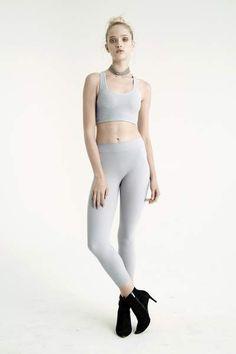 M // L Deep Lichen Green NWT Ladies Nylon Seamless Leggings FIRST LOOKS