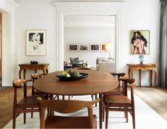 An Apartment For An Art Dealer