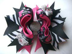 The rockstar bow by AbraBOWdana on Etsy, $7.50