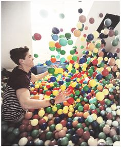 Jack and Finn gave us an amazing idea..thank you JacksGap(: #BedRoomBallPit