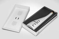 ed'o PURE - Ultra Premium Extra Virgin Olive Oil #edo #thegoldessence #edooliveoil #extravirginoliveoil #evoo #arbequina #siurana #olive #luxury #design #packaging #unique #giftideas #white #box #glassbottle