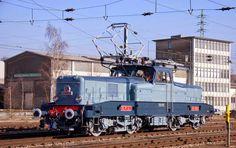 BB 3608 sort de sa restauration (Luxembourg)