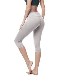 f6b10a4906 Lapasa Women's Yoga Capri Pants Leggings Plus Size High Waist Tummy Control Workout  Running Tights w Hidden Pocket (L, Heather Grey)