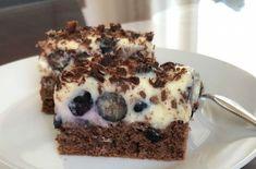 Čučoriedkové rezy - recept | Varecha.sk Tiramisu, Treats, Ethnic Recipes, Sweet, Sweet Like Candy, Candy, Goodies, Tiramisu Cake, Sweets