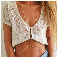 #BodyChains Las cadenas para el cuerpo son piezas que van desde el cuello hasta la cintura, pasando por el pecho
