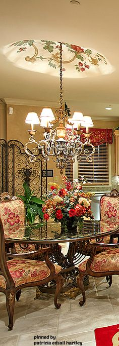 Tuscan design – Mediterranean Home Decor Decor, Rustic Elegance, World Decor, Elegant Homes, Elegant Dining, Mediterranean Home Decor, Tuscan Decorating, Rustic Bedroom, Home Decor