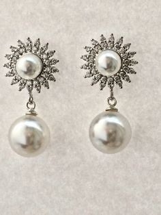 Starburst Pearl drop earrings - Bridal - Mother of the Bride - Party - Gift for Her - Pearl Earrings