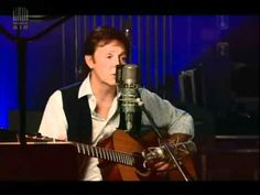 Paul McCartney - Blackbird (Abbey Road studio LIVE) - YouTube
