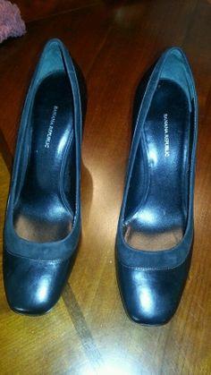 Banana Republic black leather Tabitha pumps heels w/ 3.5 inch wood heel 9