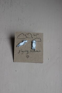 The Moomins 'Moomin can fly' earrings Tove Jansson, Shrinky Dinks, Never Grow Up, Pin Badges, Outfit Of The Day, Diamond Earrings, Patches, Silver Rings, Crafty