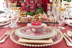 Chinese New Year Décor Inspiration: Traditional http://www.realweddings.ca