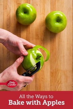 We laid out all the best uses for your favorite Apples! Take a peak to see if you've been doing it right. Martha Stewart Cooking School, Best Apple Recipes, Apple Season, Apples To Apples Game, Apple Crisp, Oreos, Betty Crocker, Kitchen Hacks, Us Foods