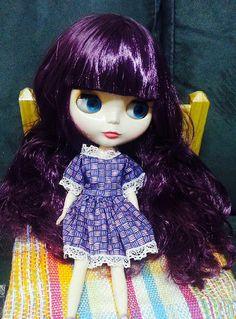 Violetta descansando na sua cama