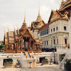 Bangkok, Thailand. Photo by Pum Lefebure