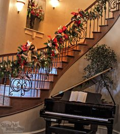 Christmas Staircase in Royal Red and Gold