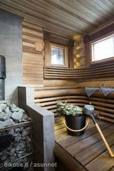 #sauna #mökki #kiuas Sauna House, Sauna Room, Traditional Saunas, Aspen House, Sauna Design, Outdoor Sauna, Baths Interior, Finnish Sauna, Lakeside Living