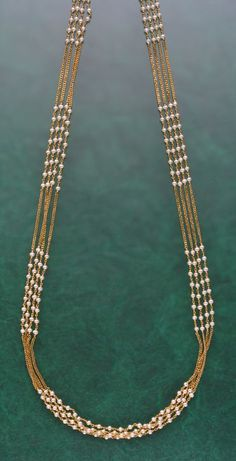 How To Clean Gold Jewelry With Baking Soda Pearl Necklace Designs, Gold Earrings Designs, Gold Jewellery Design, Bead Jewellery, Latest Jewellery, Pearl Jewelry, Gold Necklace, Beaded Necklace Patterns, Beaded Jewelry Designs