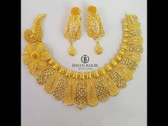Beautiful Necklace Pictures Made In Gold Gold Chain Design, Gold Jewellery Design, Gold Jewelry, Gold Earrings Designs, Necklace Designs, Indian Bridal Jewelry Sets, Gold Necklaces, Blouse Designs, Choker