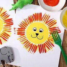 Crafting with plastic forks – basteln kita DIY for children. Crafting with plastic forks – basteln kita – for children. Crafting with plastic forks – basteln kita DIY for children. Crafting with plastic forks – basteln kita – Crafts For Teens To Make, Fall Crafts For Kids, Diy For Teens, Diy For Kids, Kids Crafts, Diy And Crafts, Arts And Crafts, Fork Crafts, Leaf Crafts