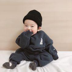 Baby necesita a Mommy # Fanfic # amreading # books # wattpad Cute Asian Babies, Korean Babies, Cute Korean Boys, Asian Kids, Cute Babies, Mode Ulzzang, Ulzzang Kids, Cute Baby Boy, Cute Kids