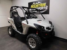 New 2017 Can-Am Commander DPS 800R ATVs For Sale in Tennessee. 2017 Can-Am Commander DPS 800R, For special internet pricing, contact Hayden at 423.839.3370 or greeneville@mtn-motorsportstn.com 2017 Can-Am® Commander DPS 800R FLEXIBILITY TO CUSTOMIZE & WITH THE COMFORT OF DPS Get the flexibility to customize your machine the way you want it, with the control of the Tri-Mode Dynamic Power Steering (DPS). Features may include: ROTAX V-TWIN ENGINE ULTIMATE PERFORMANCE Available with the 71-hp…