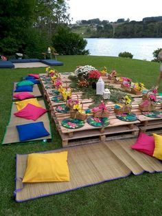 Garden party decorations ideas fete refresh 7 new ways to throw a summer party Picnic Birthday, Hippie Birthday Party, Hippie Party, Picnic Theme, Birthday Cookout Ideas, Bohemian Party Theme, Moana Birthday Party Ideas, Backyard Birthday Parties, Garden Birthday