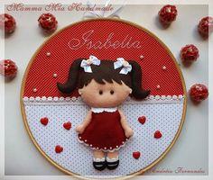 how to make 7 baby dolls with fetrina Felt Dolls, Baby Dolls, Felt Crafts, Diy And Crafts, Felt Wreath, Felt Baby, Felt Patterns, Embroidery Hoop Art, Felt Fabric