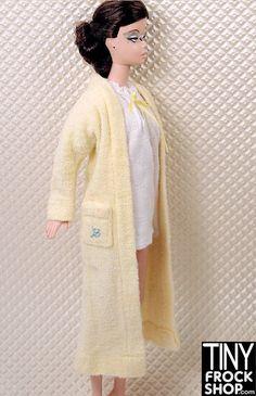 Barbie Singing in the Shower #988 Vintage Robe