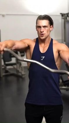 Fitness Workouts, Gym Workout Videos, Gym Workout For Beginners, Weight Training Workouts, Shoulder Workout Routine, Military Workout, Indoor Workout, Academia Fitness, Shoulder Exercises