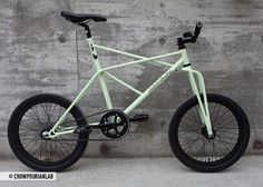 ELEKTROKATZE by Colossi Cycling, via Flickr