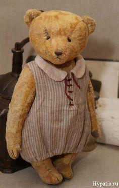 Клара - Tattered Old Bear