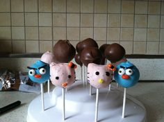 Angry birds and hello kitty cake pop