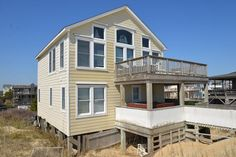Tides INN 212 8615 E. Tide Drive, South Nags Head - Milepost 17.9 Hot tub Location: Oceanfront Bedrooms: 4 Baths: 3 Full 1 Half Bed Sizes: 1 King, 3 Queens, 2 Singles $5,097.34 all in week 7/5, 7/12, 7/19
