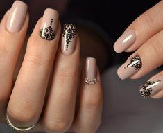 Best Nail Polish Colors of 2020 for a Trendy Manicure Opi Nail Polish Colors, Nail Colors, Ongles Rose Mat, Trendy Nails, Cute Nails, Nail Art Saint-valentin, Black Nail Art, Red And Gold Nails, Summer Gel Nails