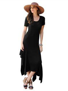 Alba Moda Strickkleid in trendiger Aufmachung für 49,95€. Trendiges Strickdessin allover, Modische Rockteilverarbeitung, Langer 1/2-Arm bei OTTO