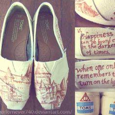 Hogwarts TOMS - I NEED these...
